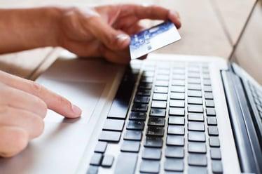 Paying_bills_online